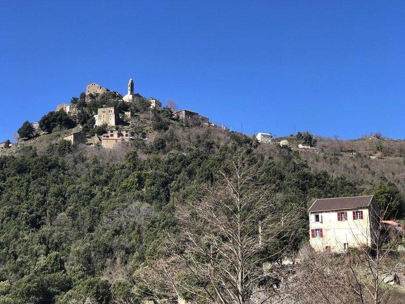 Domaine aghja suttana, location de vacances à Vénaco