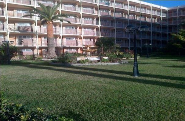 ESTUDIO EN PLAYA DE LA PINEDA, vacation rental in La Pineda