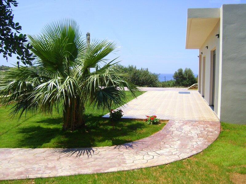 VILLA ALEXANDER 2, holiday rental in Agios Vasileios Municipality