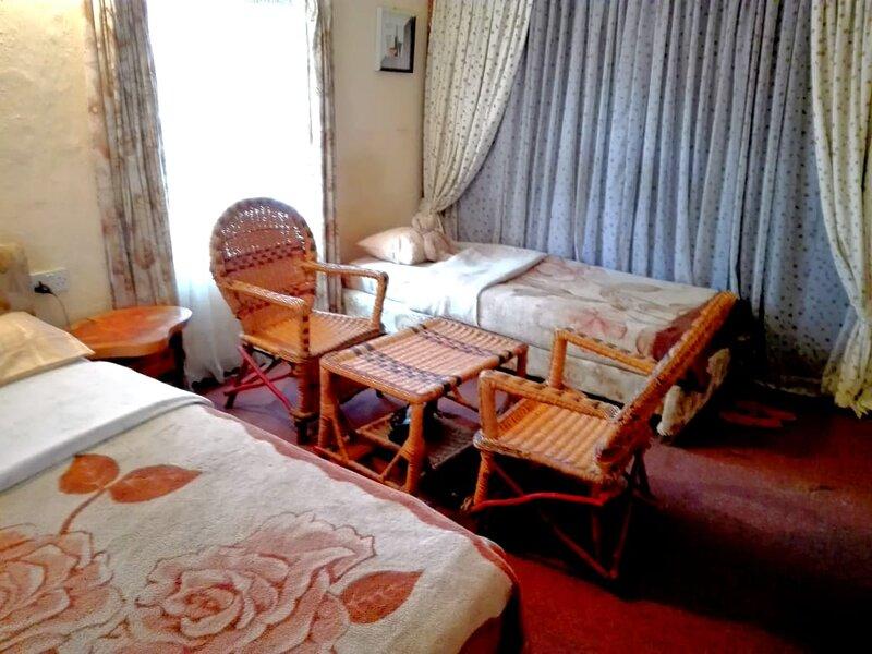 sunkissed cottage with pool view, alquiler de vacaciones en Provincia del valle del Rift