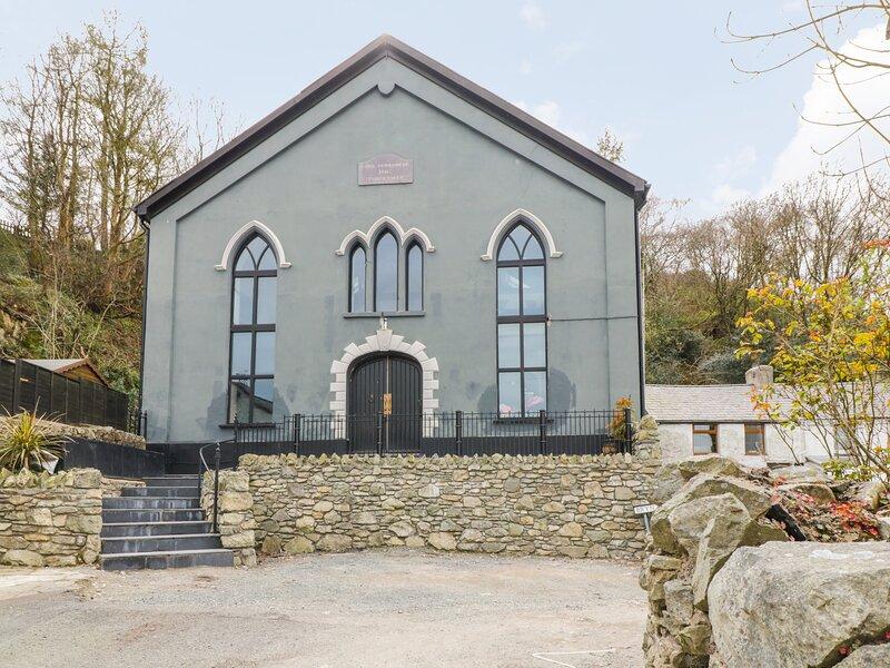 Greystones Chapel, Llanrug, vacation rental in Deiniolen
