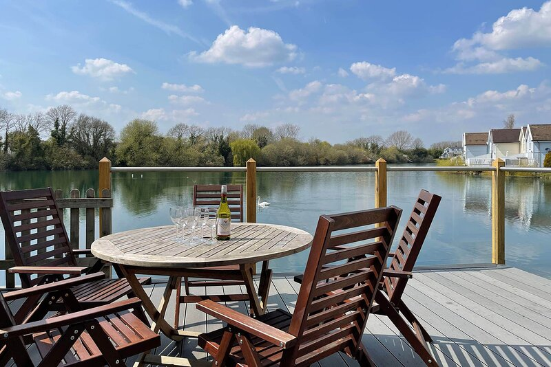 Mallard Lodge, vacation rental in South Cerney