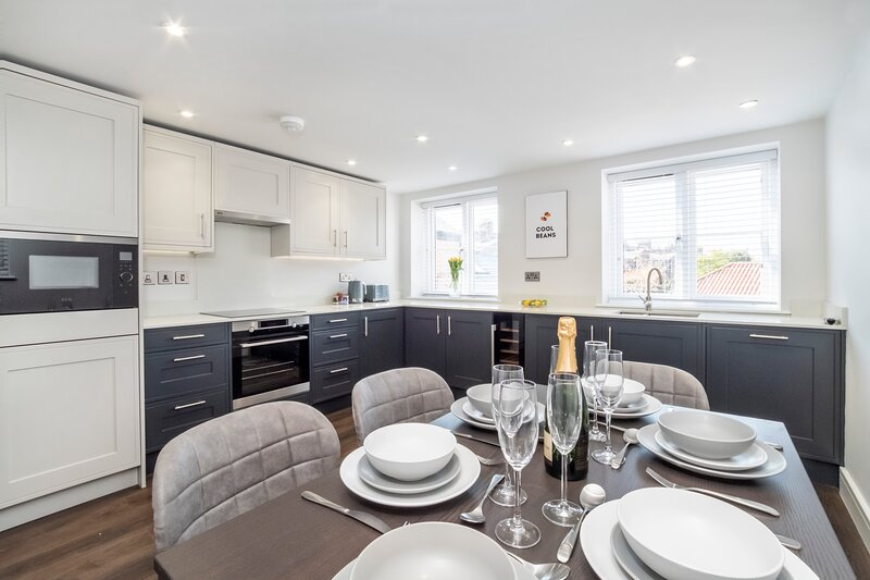 Popes Head Luxury Apartment, holiday rental in Knapton