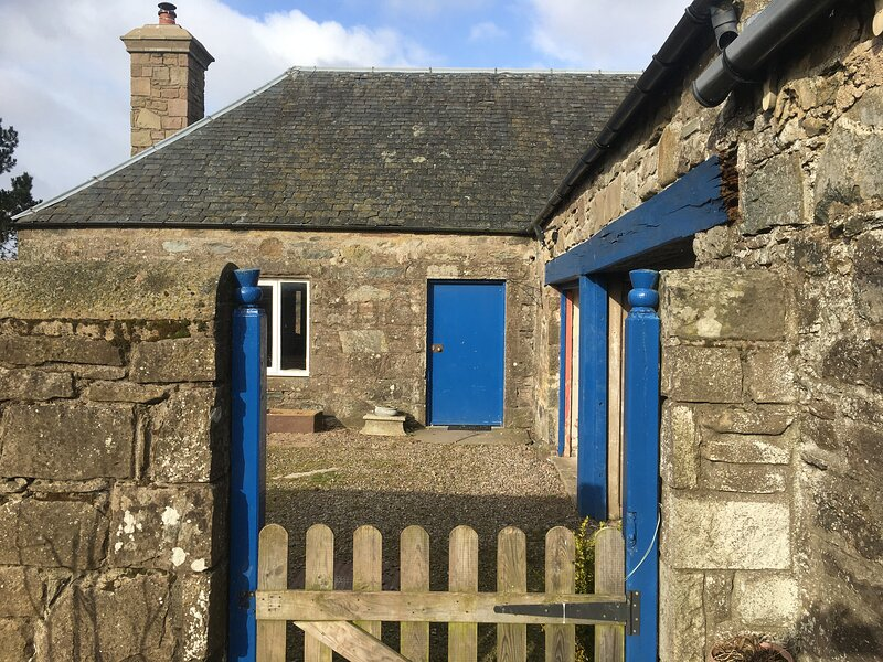 Morningside Cottage, Perth, holiday rental in Birnam
