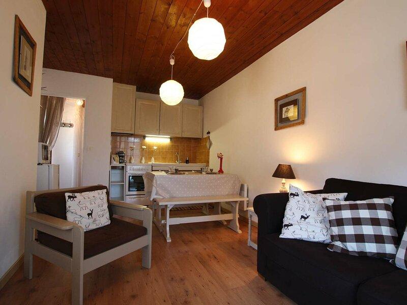 Appartement - 2 pièces -  2 personnes - Les Vigneaux, location de vacances à Saint-Martin-de-Queyrieres