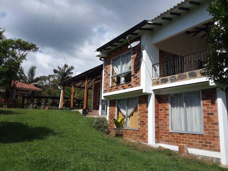 Finca KasaKumbre Glamping, holiday rental in Tabio