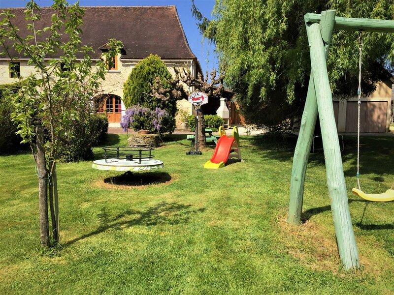 La Reynie, location de vacances à Saint-Chamassy