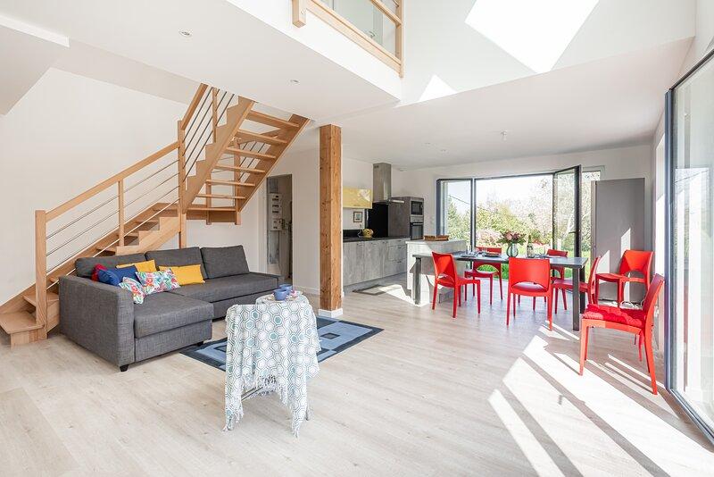 Odalphine - Maison neuve proche du port, holiday rental in Ile-aux-Moines