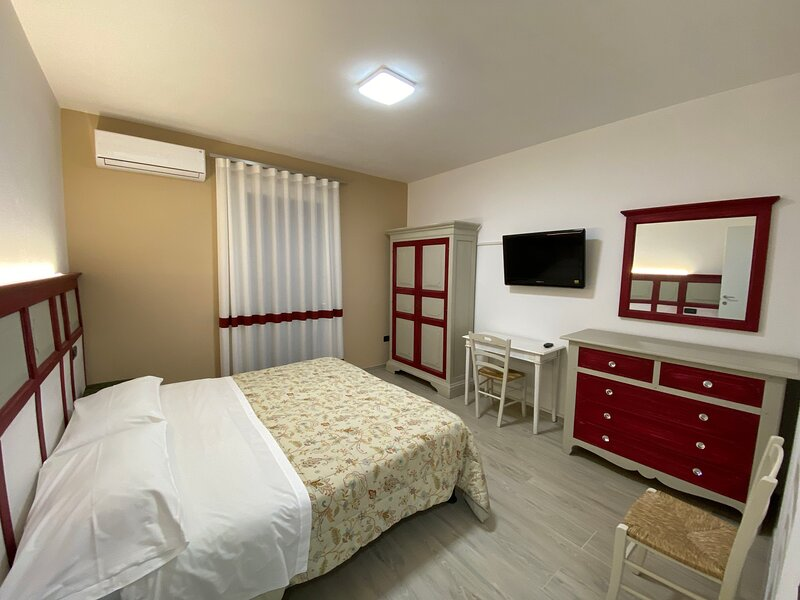 Nice apartment with garden & Wifi, holiday rental in Casoni
