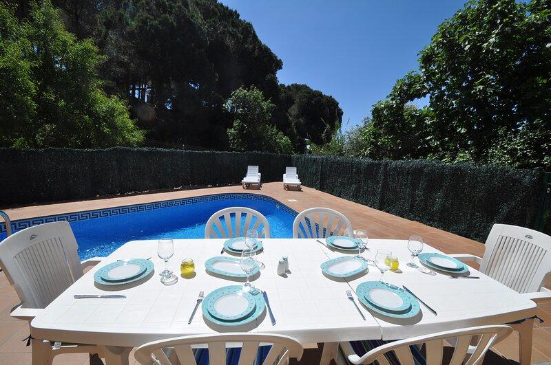 VacationVillas * Vinya Rosa 11 personas piscina privada, alquiler de vacaciones en Lloret de Mar