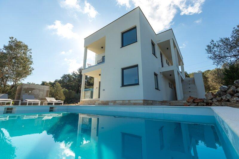 Luxury Apartment Mauro Silver with Pool, aluguéis de temporada em Dragove
