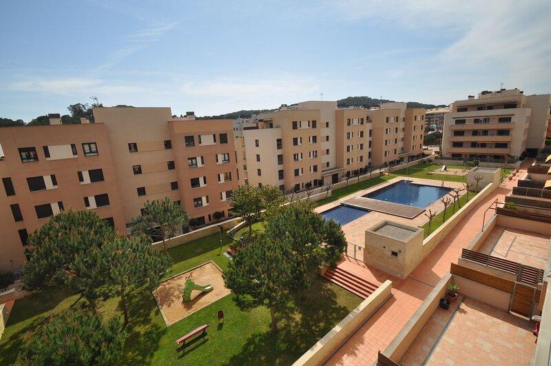 Vacation Villas * Apto. Narcis 4 personas a pocos mtrs. de la playa, piscina, alquiler de vacaciones en Lloret de Mar
