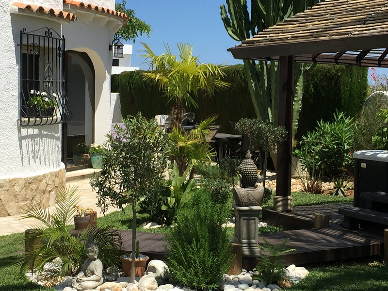 Ground floor luxury apartment, holiday rental in Els Poblets