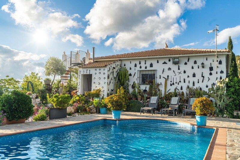 CASA RURAL LOS CACTUS, holiday rental in El Gastor