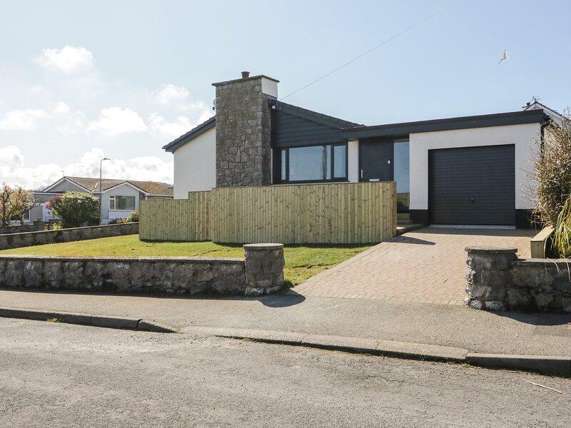 11A Lon Twrcelyn, Benllech, holiday rental in Benllech