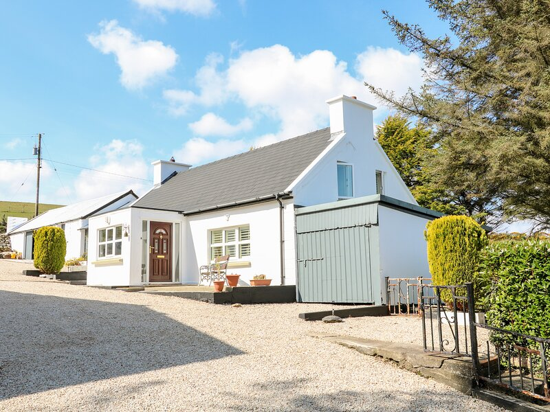 Davey Johns Forge Cottage, Carrigart, County Donegal, vacation rental in Portnablagh