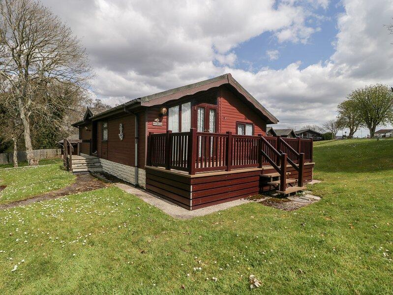 52 Glenside, Barton On Sea, holiday rental in Highcliffe