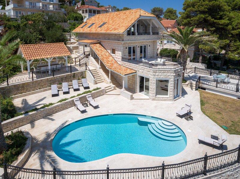 Villa Azura Brac, holiday rental in Sumartin