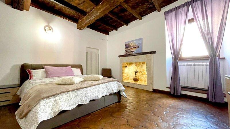 Appartamento centro storico ristrutturato nel 2021 con early/self check-in, holiday rental in Bagnoregio