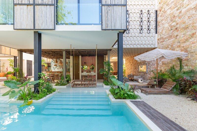 Best Boho Chic 3BR | Best Location | Decorated by Designers | Amazing Amenities, alquiler de vacaciones en Tulum Beach