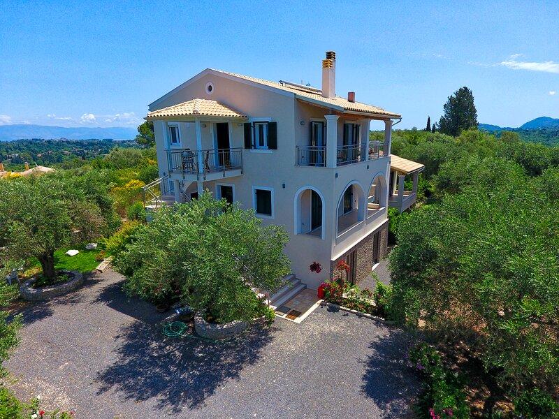 Villa Caesar Corfu, holiday rental in Agios Ioannis