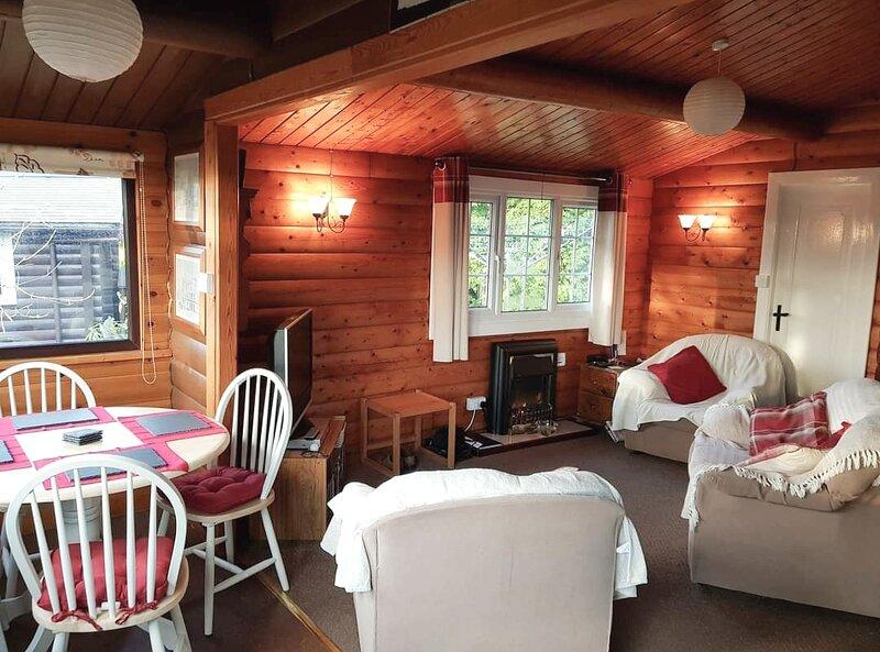 Snowdonia Lodge Retreat, cabin 209., holiday rental in Gellilydan