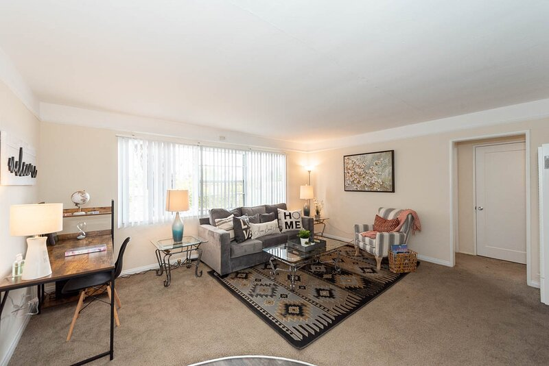 Spacious Modern 2BR- Near SeaWorld & Mission Beach, holiday rental in San Diego