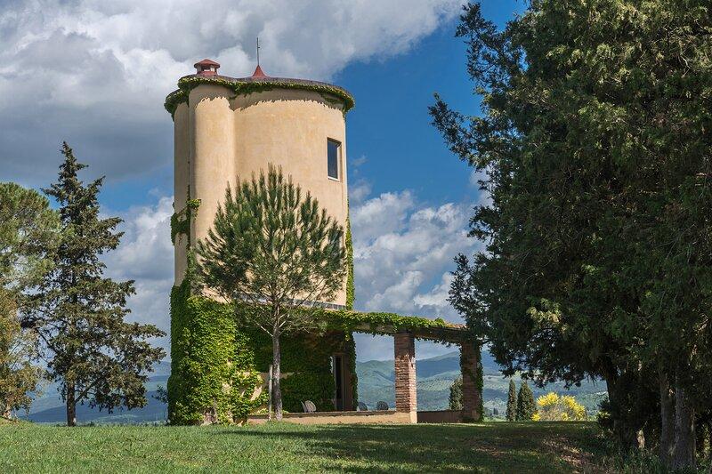 Casa Campo la Cantina Villa Sleeps 18 with Pool Air Con and WiFi - 5889854, vacation rental in Ribolla