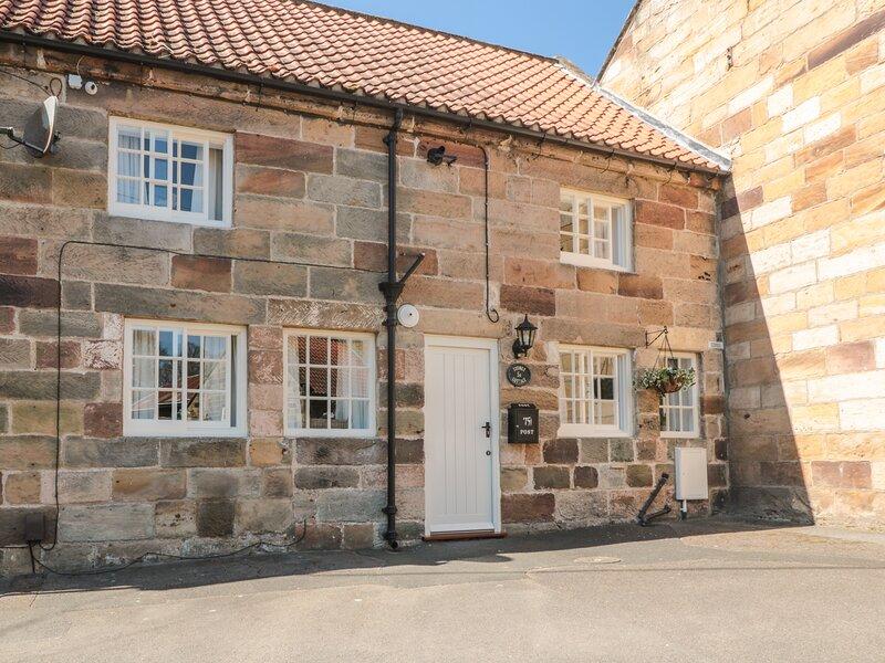Stoney Cottage, Loftus, holiday rental in Loftus