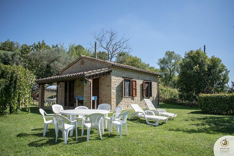 Villa Degli Arcani Mondi, vacation rental in Monte san Martino