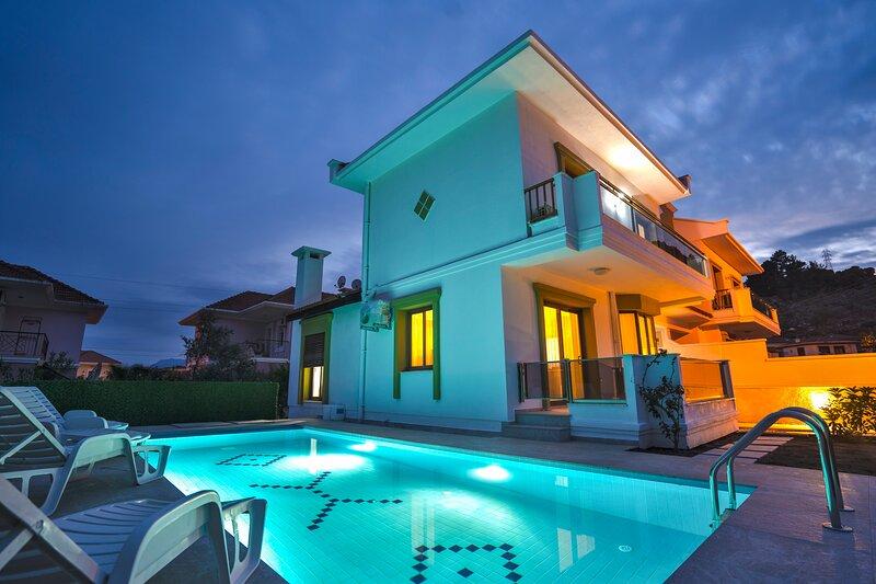 Turkuaz Villa Marmaris Daily Weekly Rentals, location de vacances à Marmaris