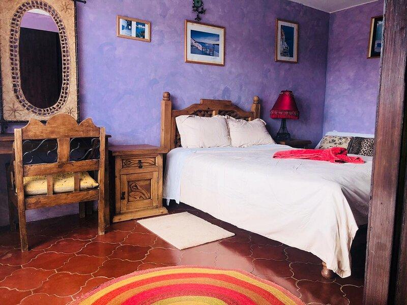 Cozy 2 Bedroom House Close to Everything & Optic Fiber Internet, casa vacanza a San Cristobal de las Casas