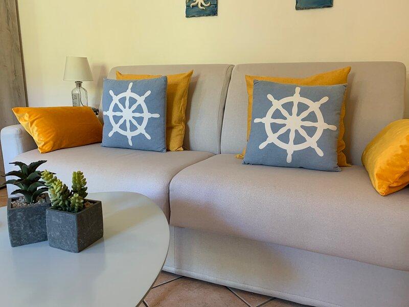 La Marina Apartment with sunny little terrace - wi-fy - free parking – semesterbostad i Olbia