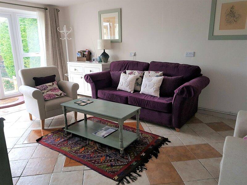 Rosehip Cottage, holiday rental in Keinton Mandeville