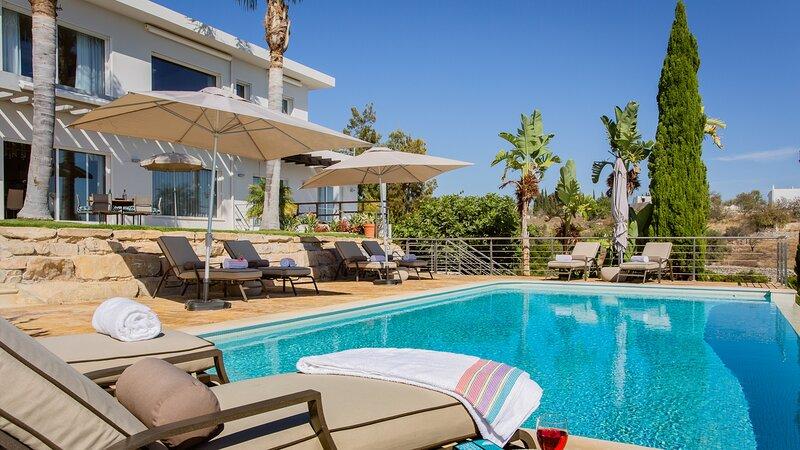 Villa Mebahel - Luxury Villa, location de vacances à Boliqueime