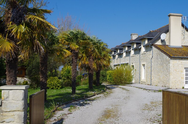 Amazing house with garden & terrace, vacation rental in Vierville-sur-Mer