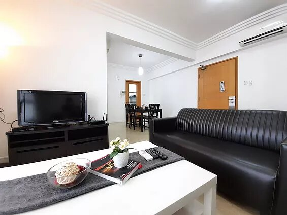 FAMILY 2BR IN NOVENA, SINGAPORE, holiday rental in Singapore