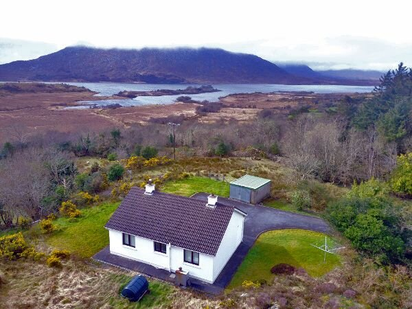 384 Castle Kirk View, holiday rental in Maum