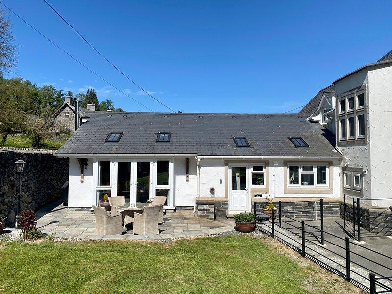 Pengwern Bach, Llanrwst, vacation rental in Llanrwst