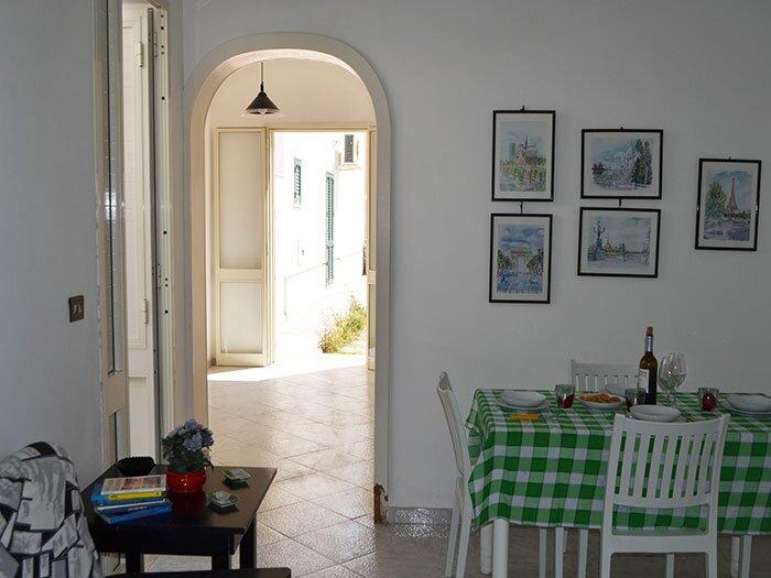 Casa con tre camere da letto vicino spiaggia e centro - -LL71, casa vacanza a San Foca
