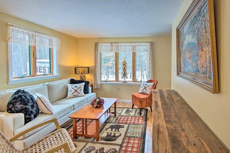 NEW! Cozy White Mtn Hideaway ~ 4 Mi to Hike & Ski!, holiday rental in Intervale