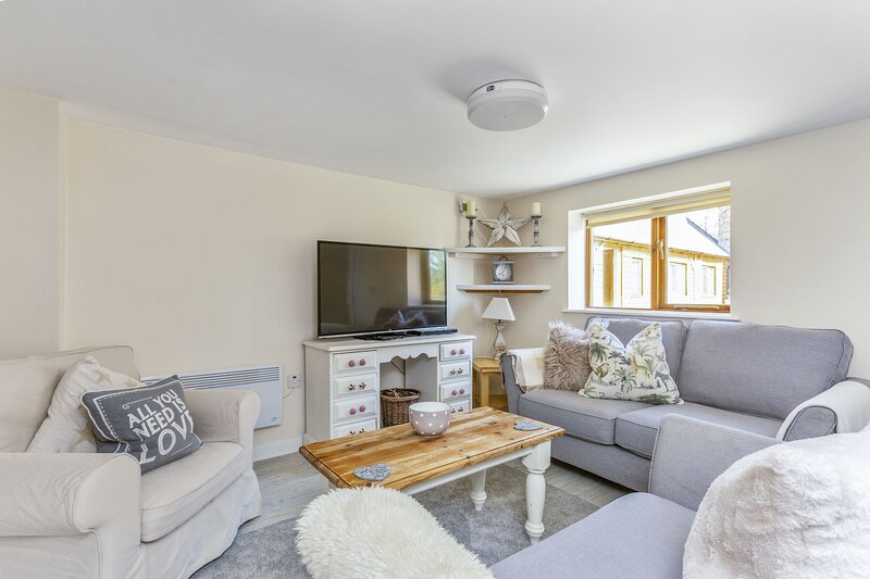 Woodcut Cottage, vacation rental in Long Marston