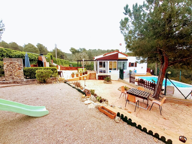 ABELES'HOME, holiday rental in Figuerola del Camp