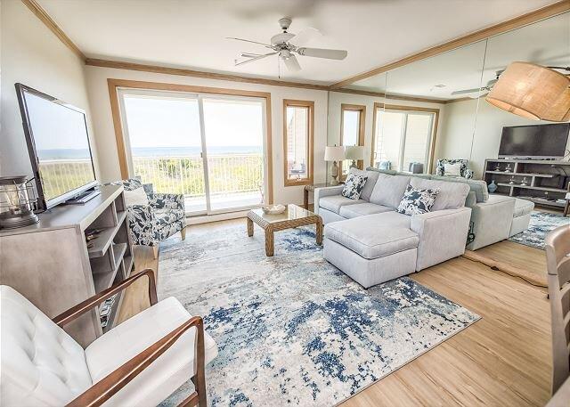 Wrightsville Dunes - Incredible Oceanfront Condo Updated!, alquiler de vacaciones en Wrightsville Beach