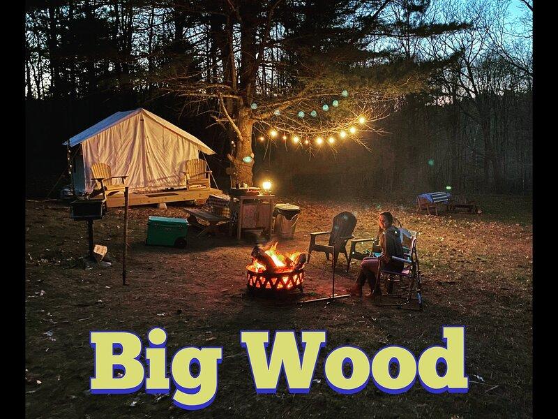 Tentrr Signature Site - Big Wood, location de vacances à Cairo