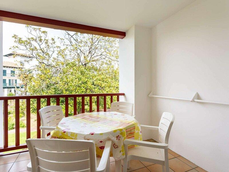 Appartement de vacances dans un parc naturel, holiday rental in Urrugne