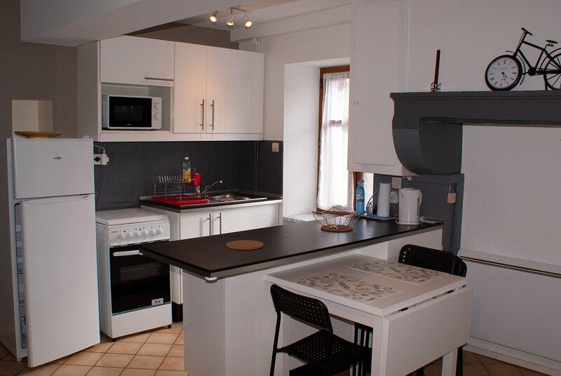 Nouveau Chez Maryline et Eric, holiday rental in La Bussiere-sur-Ouche