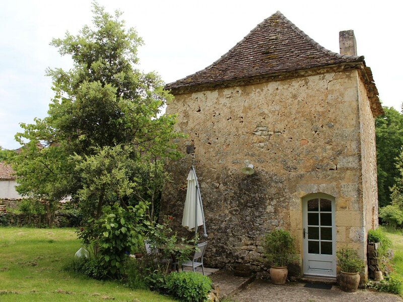 Le Pigeonnier - Les Lizettes, holiday rental in Naussannes