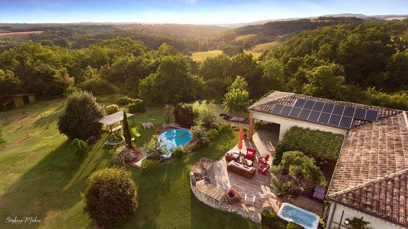 Superb villa heated pool & spa in the Southwest, casa vacanza a Castelnau-de-Montmiral