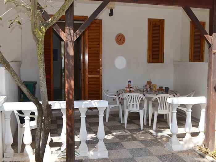 Villetta per 7 persone con spazio all'esterno a Torre dell'Orso PT34, holiday rental in Sant'Andrea